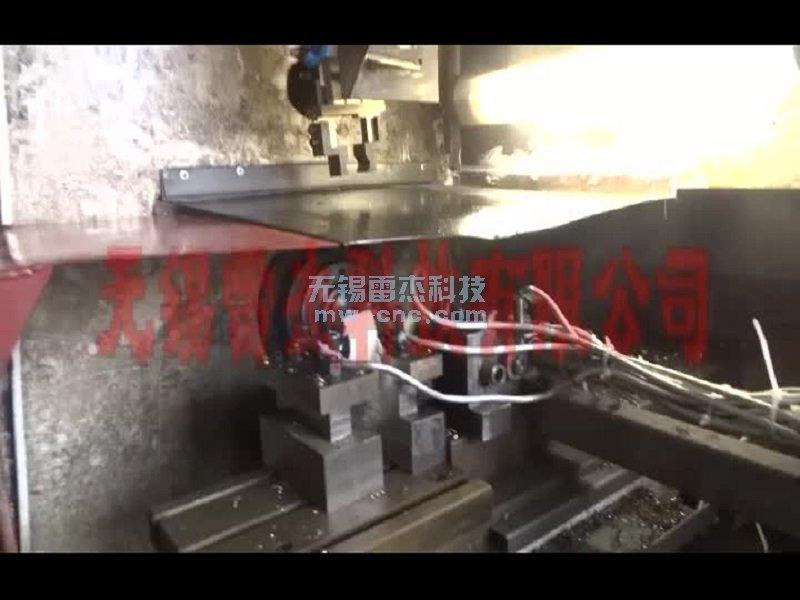 桁架机械手-圆盘料盘-数控车床自动上下料-中心钻断损检测(7-3)